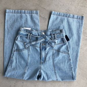 •new• Forever 21 Tie Waist Cropped Wide Leg Jeans